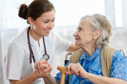 טיפול בקשישים עם אור בלב